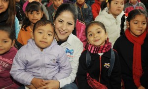 Lety Salazar impulsa programas para fortalecer los valores en las familias matamorenses
